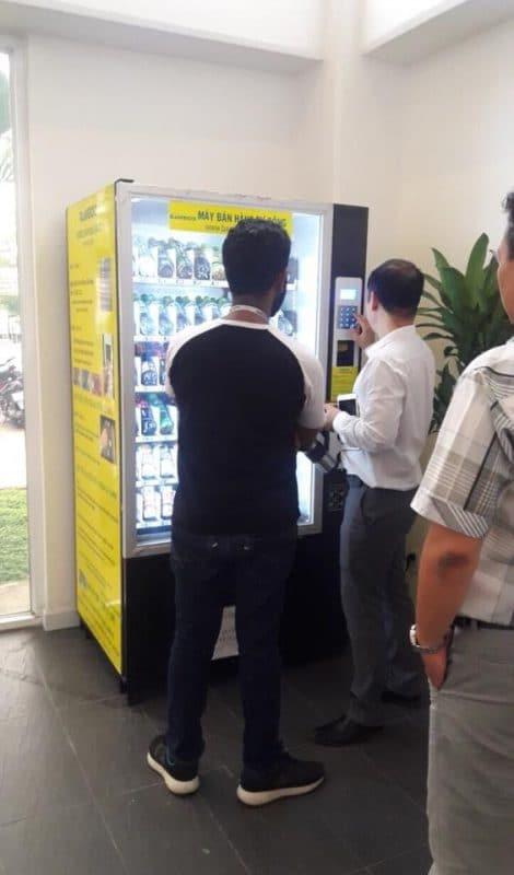 Máy bán hàng được triển khai tại Khu CNC TP HCM